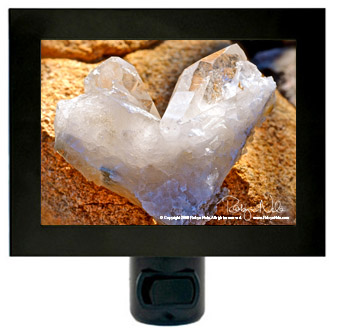 quartz-heart-night-light