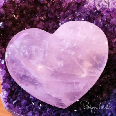 Large-Polished-Rose-Quartz-Heart-Inspirational-gifts