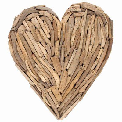 beautiful-driftwood-heart