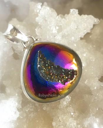 Titanium Rainbow Quartz Druzy Pendant