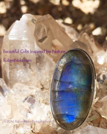 Beautiful Labradorite Ring-Gemstone Gifts and Jewelry