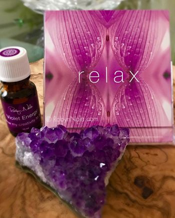 self-care-gift-set-positive-affirmation-card-amethyst-and-lavendar-essential-oil-blend